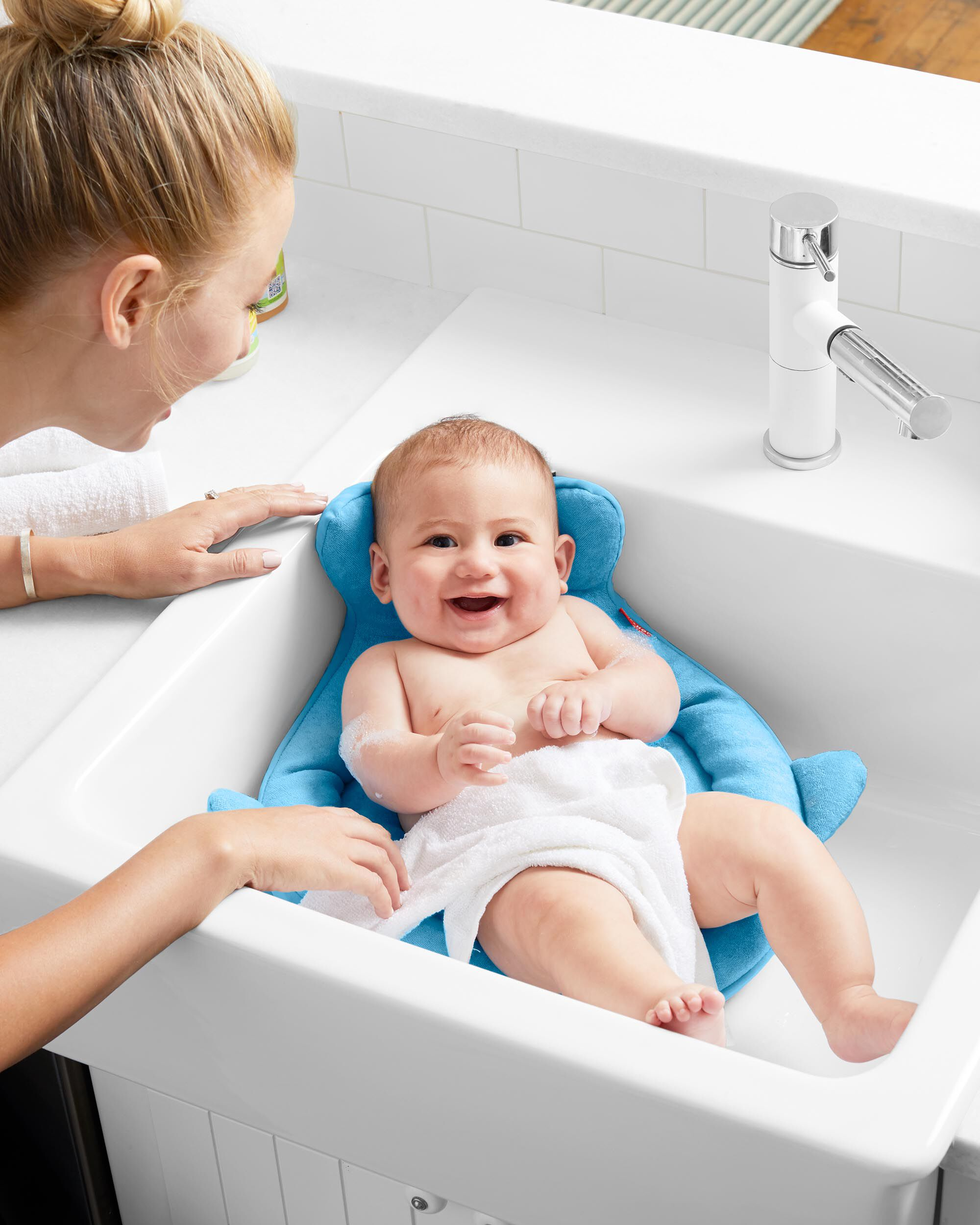 Incroyable ... Moby SoftSpot Sink Bather™ ...
